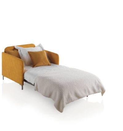 Sofá cama individual naranja, interiorismo Valladolid