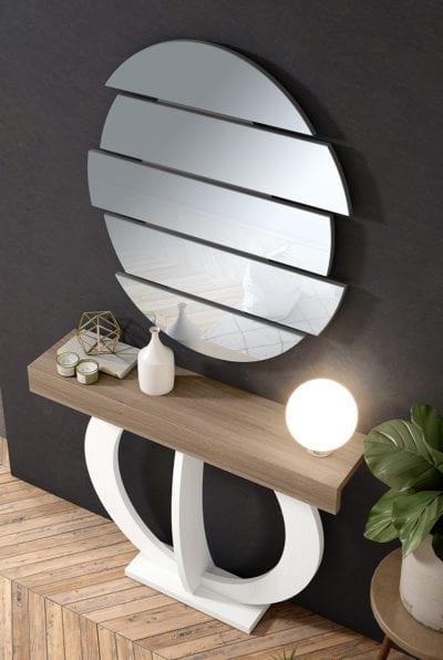 Recibidor con decoración circular